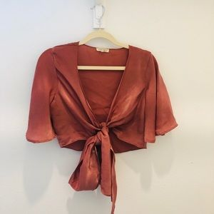 Copper colored tie top